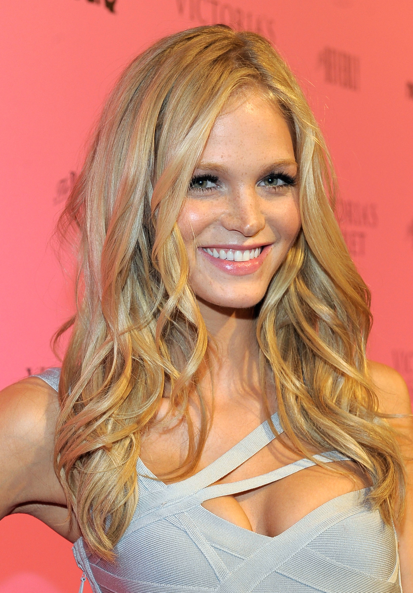 Erin Heatherton photos 43