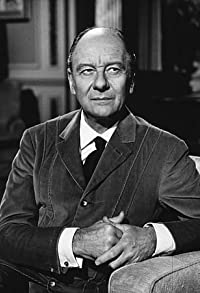 Primary photo for John Gielgud