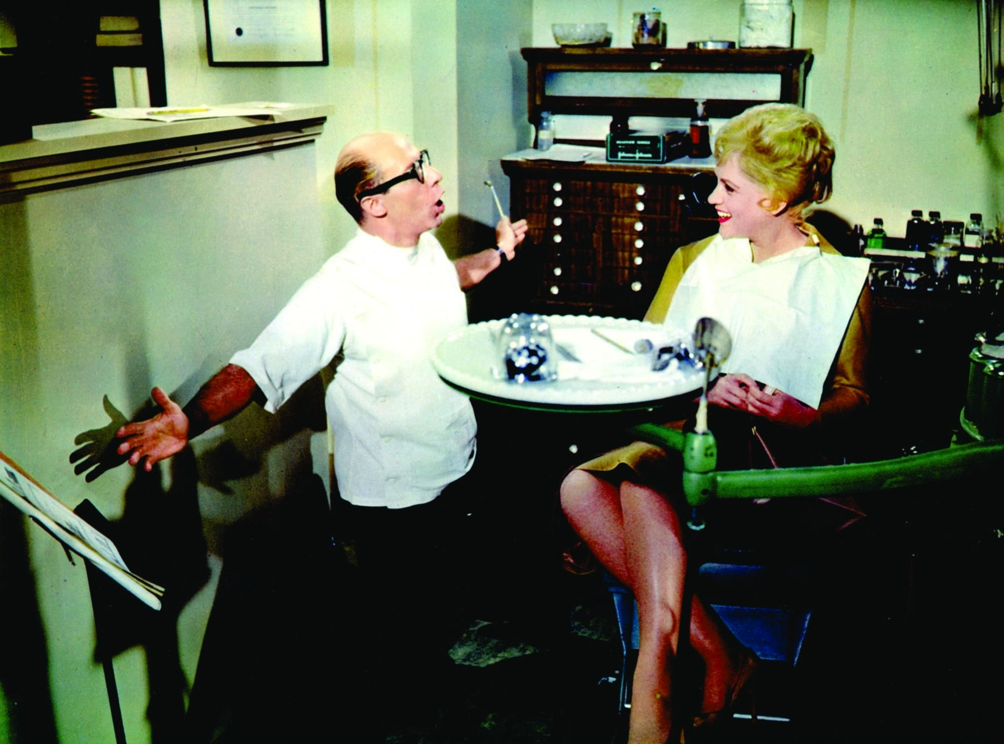 Judy Holliday and Bernard West in Bells Are Ringing (1960)