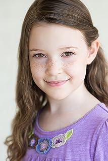 Scarlett Blum