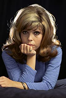 Nancy Sinatra New Picture - Celebrity Forum, News, Rumors, Gossip
