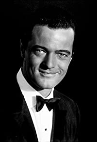 Primary photo for Robert Goulet
