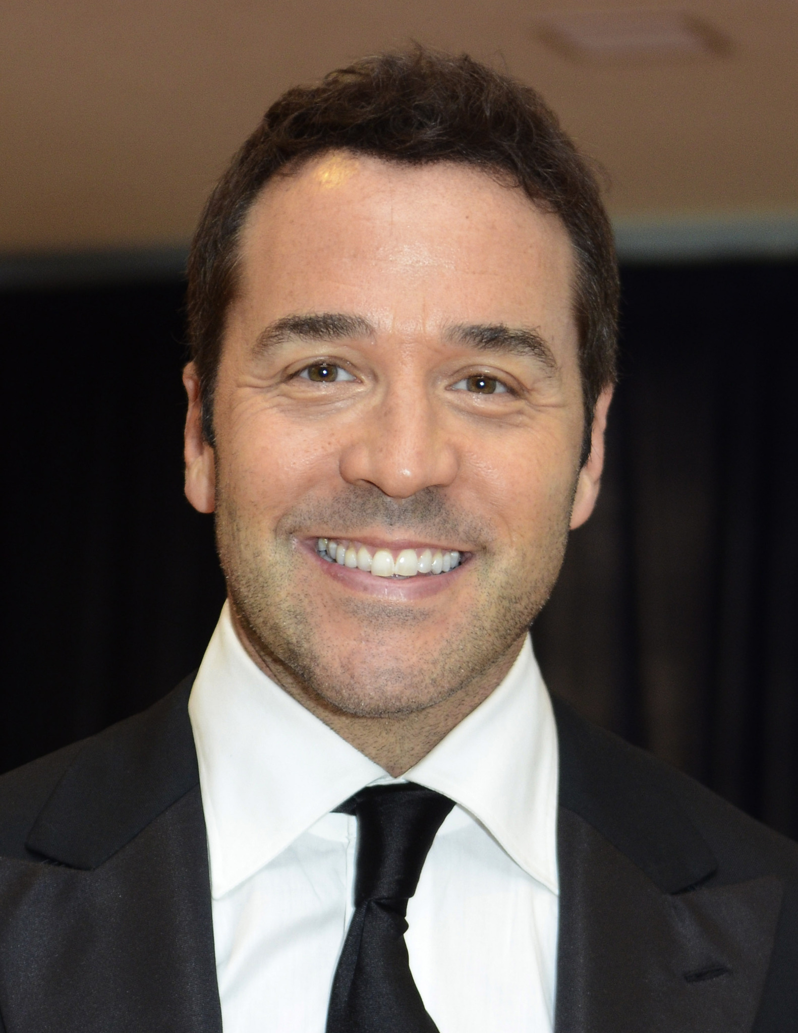 Jeremy piven dating march 2019