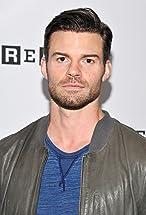 Daniel Gillies's primary photo