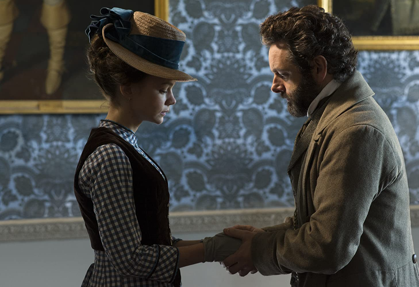 Michael Sheen and Carey Mulligan in Far from the Madding Crowd (2015)