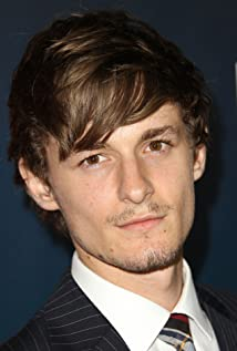 Giles Matthey Picture