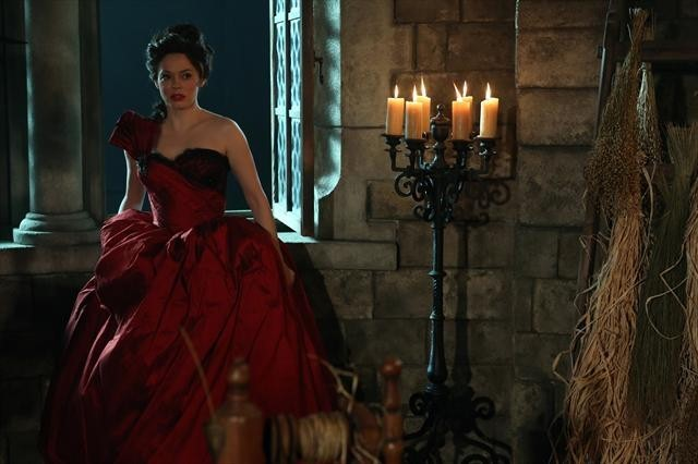 Rose McGowan in Once Upon a Time (2011)