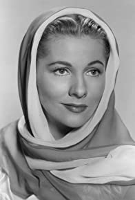 Primary photo for Joan Fontaine