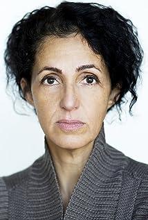 Amira Ghazalla Picture