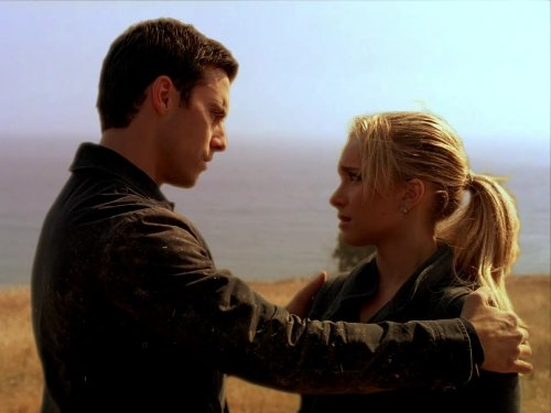 Hayden Panettiere and Milo Ventimiglia in Heroes (2006)