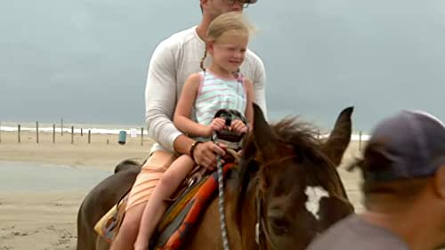 OutDaughtered: Parker Goes Horseback Riding on the Beach