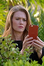 Mireille Enos in The Catch (2016)