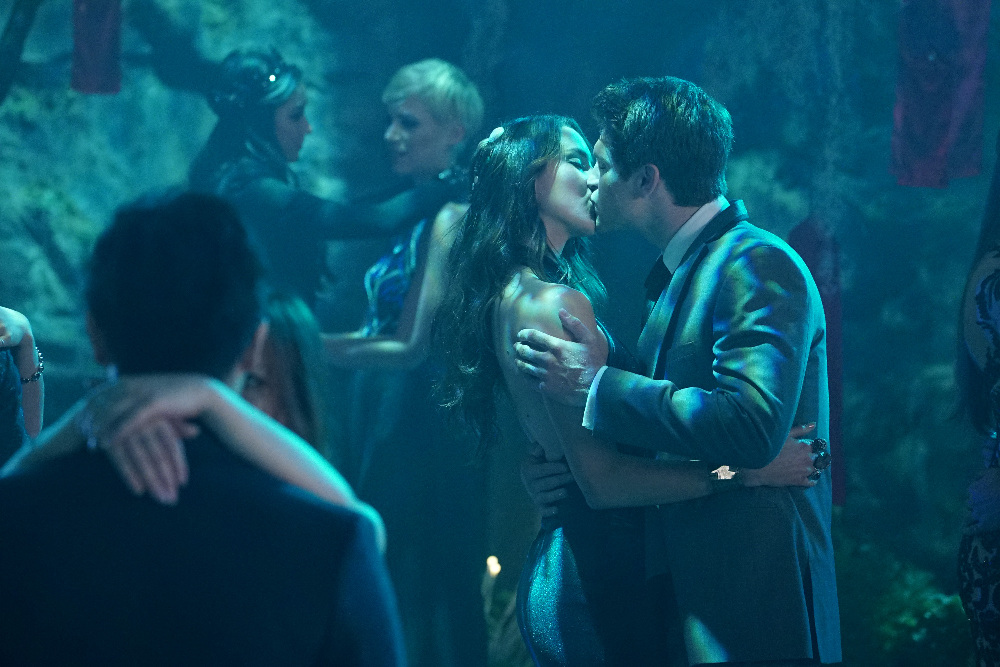 Keegan Allen And Lucy Hale Kissing