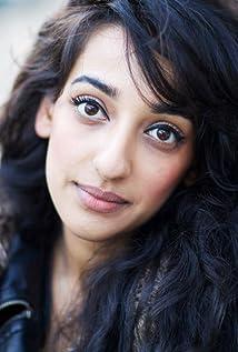 Kiran Sonia Sawar Picture