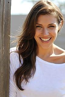 Lili Mirojnick Picture
