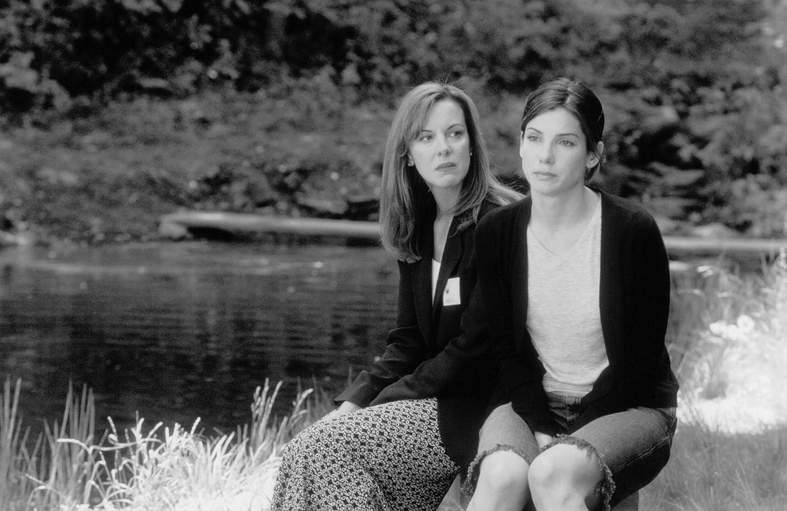 Sandra Bullock and Elizabeth Perkins in 28 Days (2000)