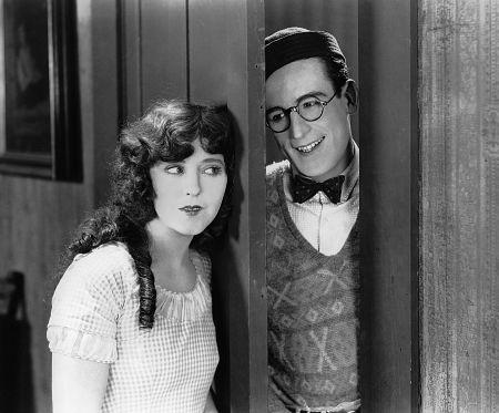Harold Lloyd, Jobyna Ralston, FRESHMAN, THE, Pathe, 1925, **I.V.