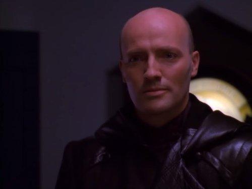 Peter Woodward in Crusade (1999)