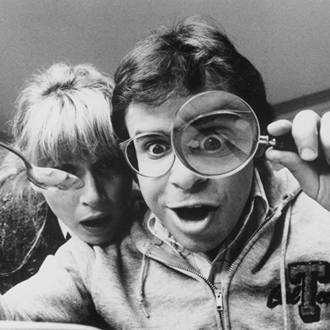 Rick Moranis and Marcia Strassman in Honey, I Shrunk the Kids (1989)
