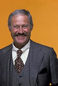 Primary photo for Dan Rowan