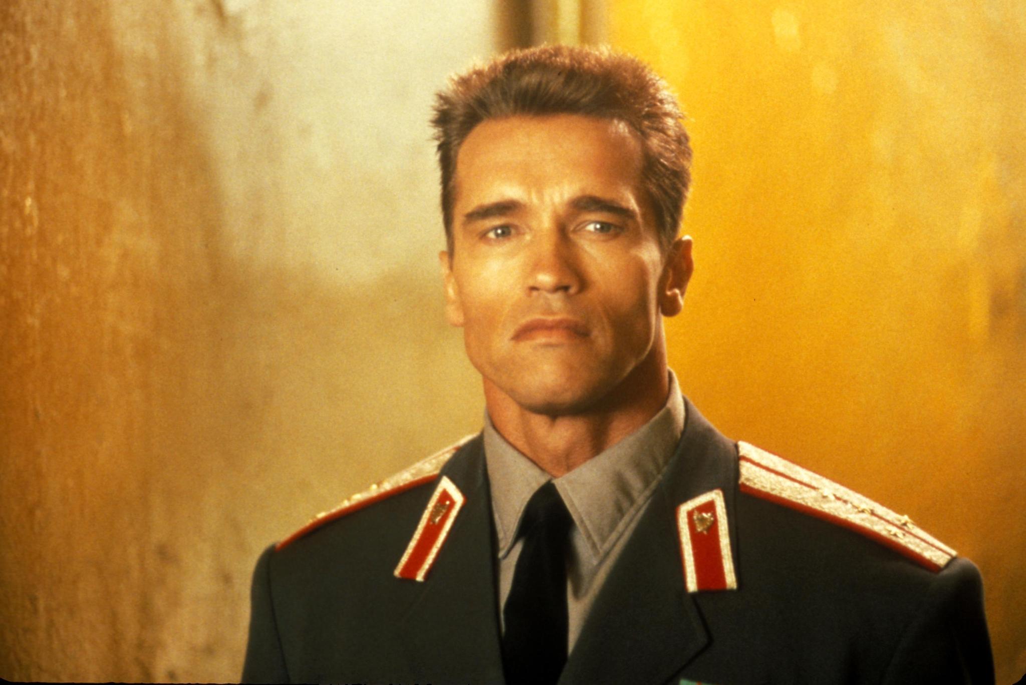 Arnold Schwarzenegger in Red Heat (1988)