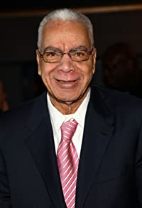 Primary photo for Earle Hyman