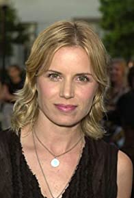 Primary photo for Kim Dickens