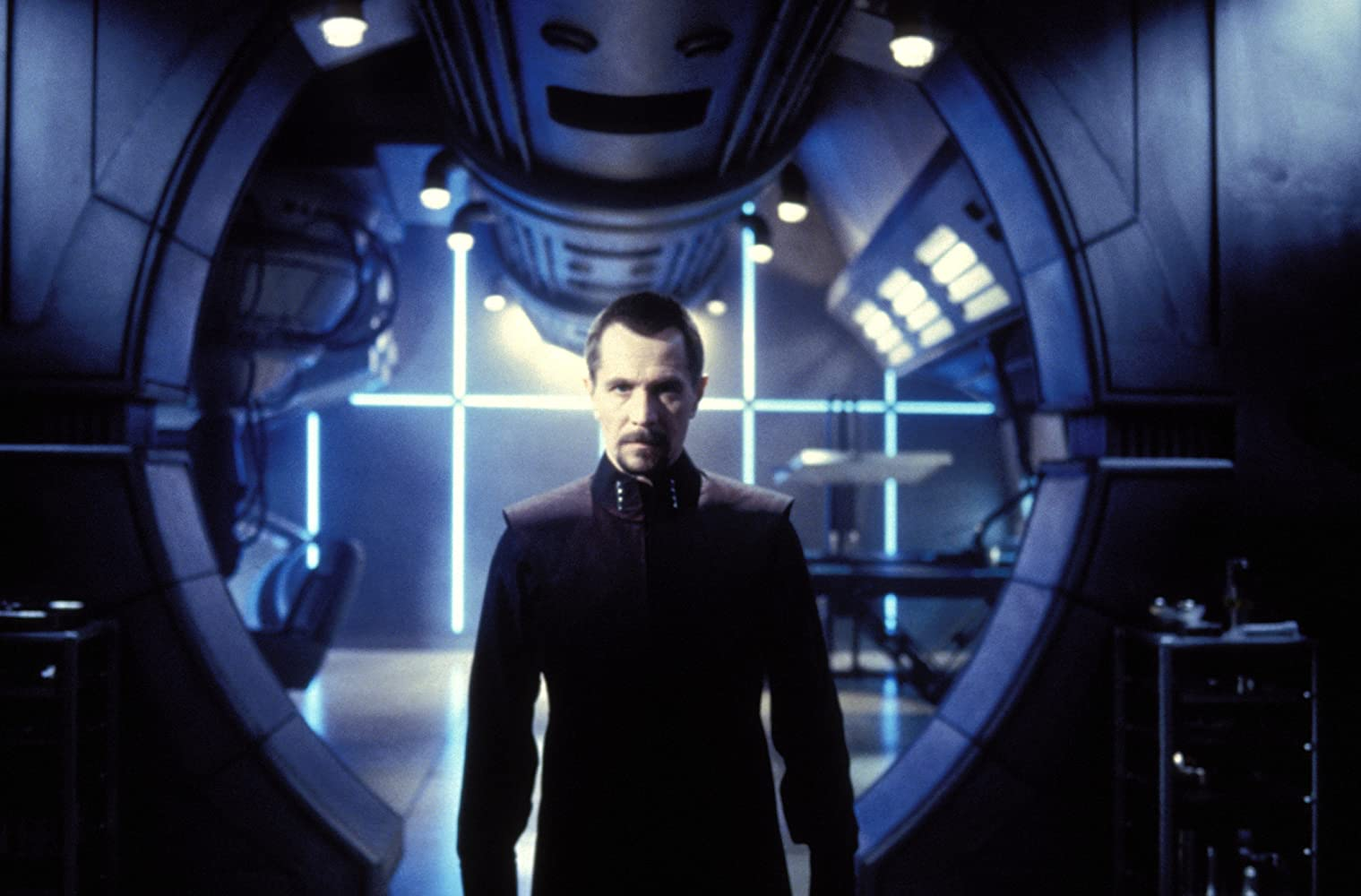 Gary Oldman in Lost in Space 1998