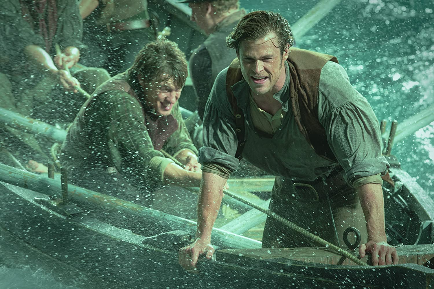 Chris Hemsworth and Andy Wareham in In the Heart of the Sea (2015)
