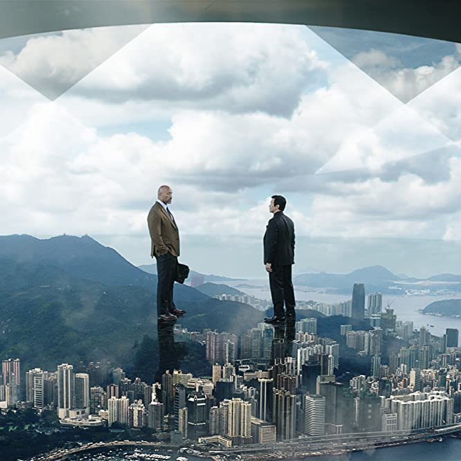 Dwayne Johnson and Chin Han in Skyscraper (2018)