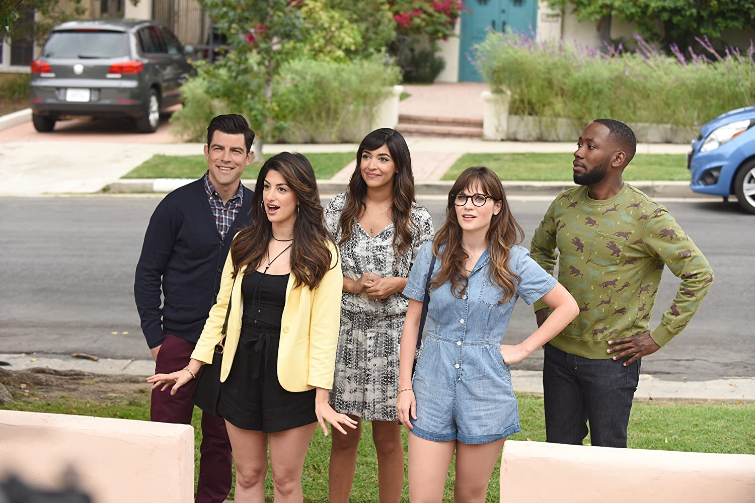 Zooey Deschanel, Max Greenfield, Hannah Simone, Lamorne Morris, and Ayden Mayeri in New Girl (2011)