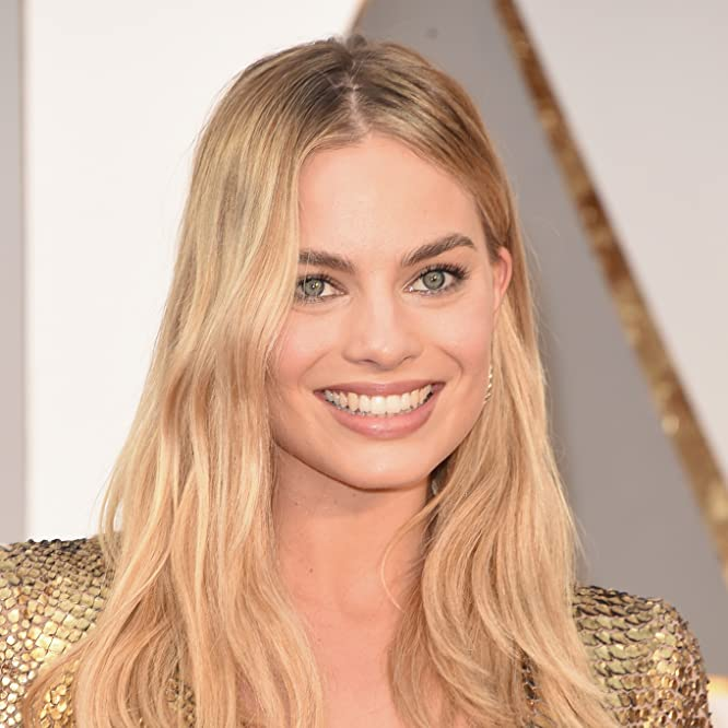 Margot Robbie at an event for The Oscars (2016)