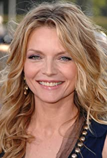 Michelle Pfeiffer Picture