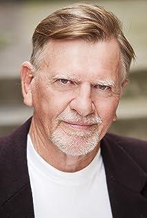 Gil Tucker Picture