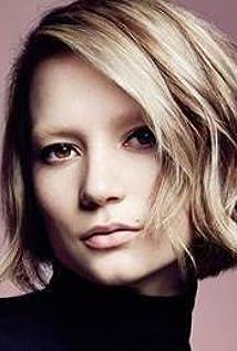 Mia Wasikowska Picture