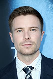 Joe Dempsie Picture