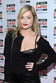 Laura Whitmore Picture