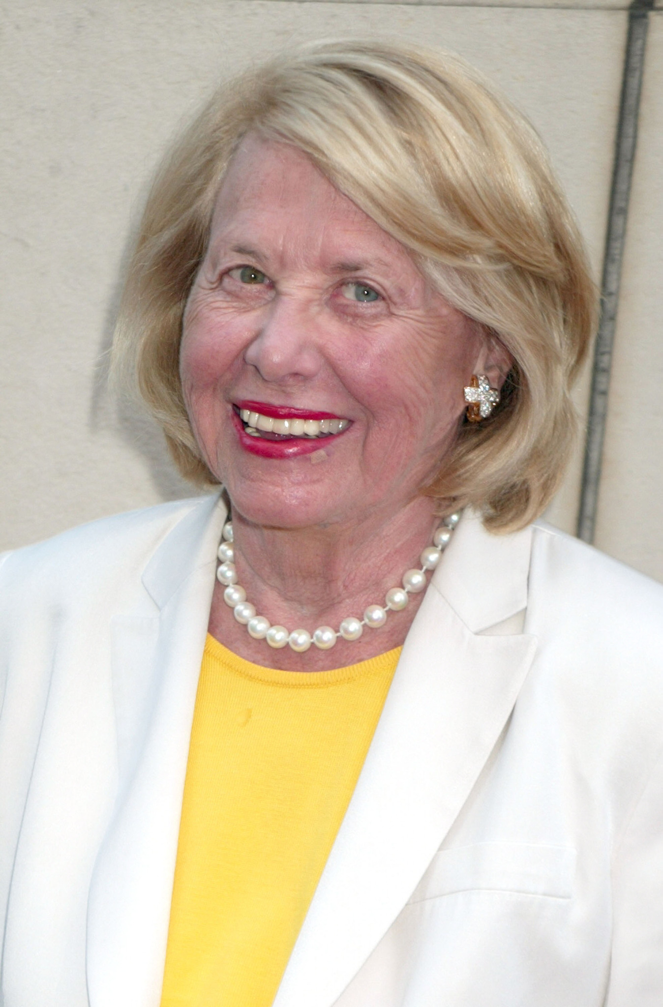 images Liz Smith (actress)