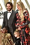 Thomas Rhett And Lauren Akins Are Teaching Daughters To 'Lead With Love In The Face Of Hate'