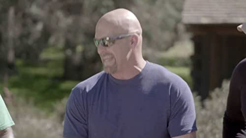 Straight Up Steve Austin: Trace Adkins Makes Collared Greens