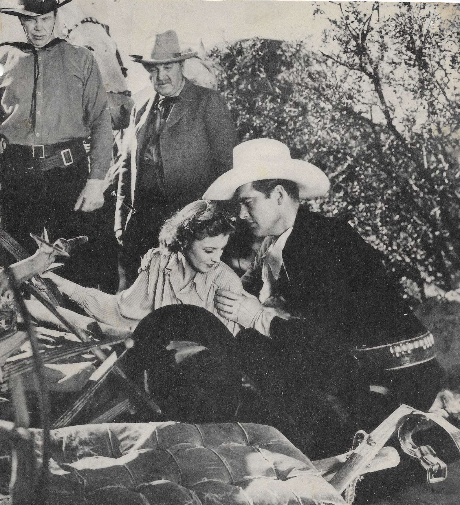George Cleveland, Dick Curtis, Iris Meredith, and Charles Starrett in Blazing Six Shooters (1940)