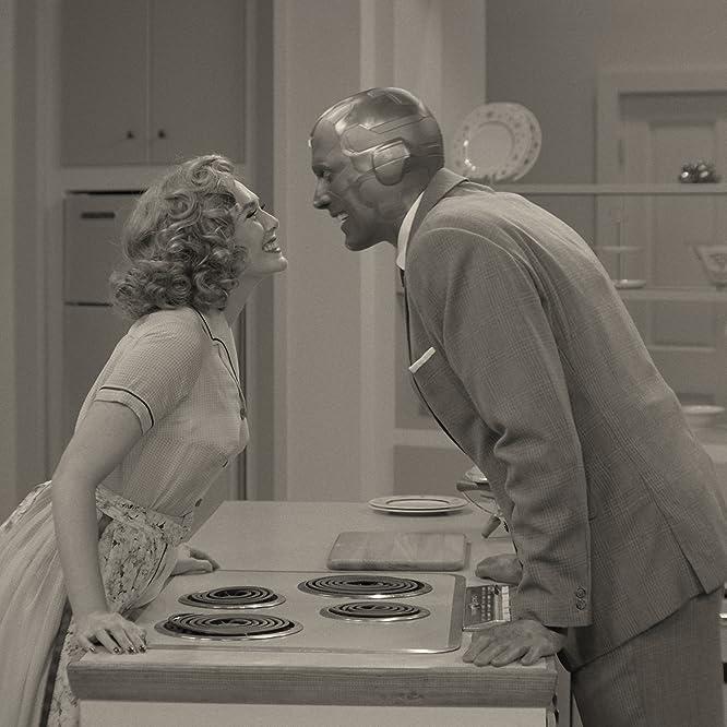 Paul Bettany and Elizabeth Olsen in WandaVision (2021)