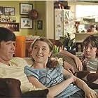 Louis-Philippe Beauchamp, Joe Scarpellino, and Maude Carmel-Ouellet in Les Parent (2008)