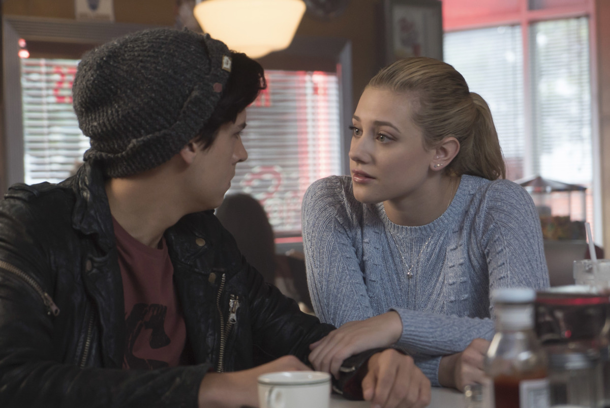 Cole Sprouse and Lili Reinhart in Riverdale (2016)