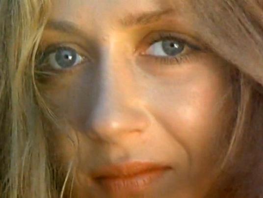 Eleonora Korisnaite in Zolotaya tsep (1988)