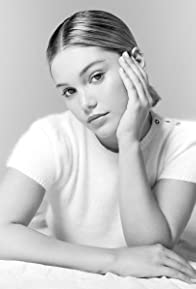 Primary photo for Olivia Holt