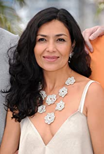 Dolores Heredia Picture
