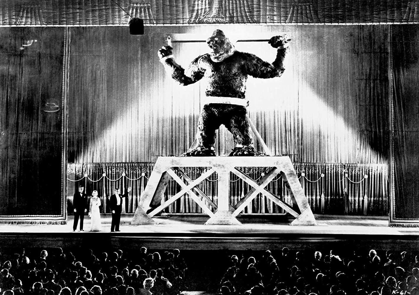 Robert Armstrong, Bruce Cabot, Fay Wray, and King Kong in King Kong (1933)