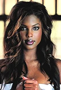 Lanisha Cole Picture