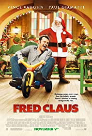 Vince Vaughn and Paul Giamatti in Fred Claus (2007)